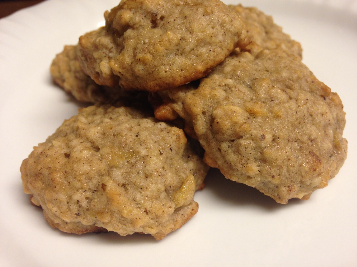 Banana Oatmeal Walnut Cookies